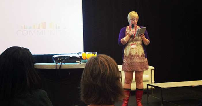 shannon reading at blissdom 2013